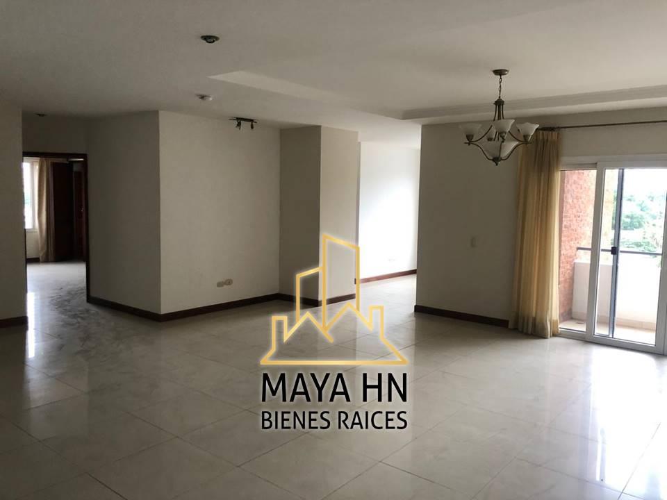 Se alquila apartamento en San Ignacio