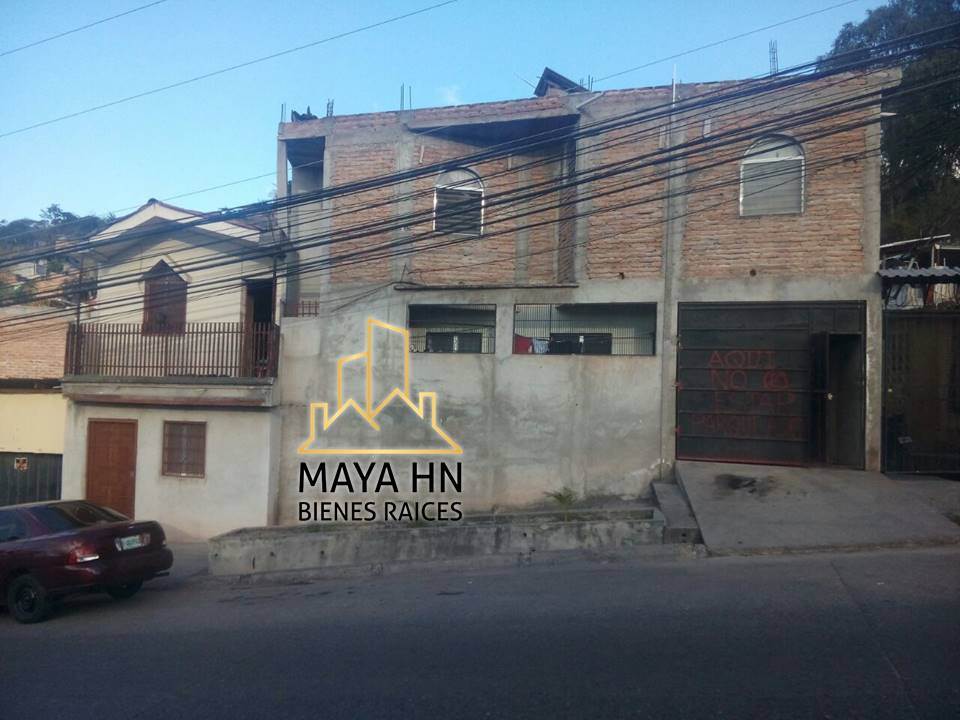 Se vende casa en la Residencial Honduras!