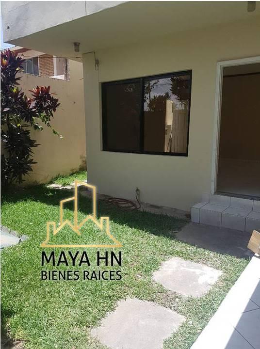 Se alquila casa en Residencial Lomas Del Guijarro