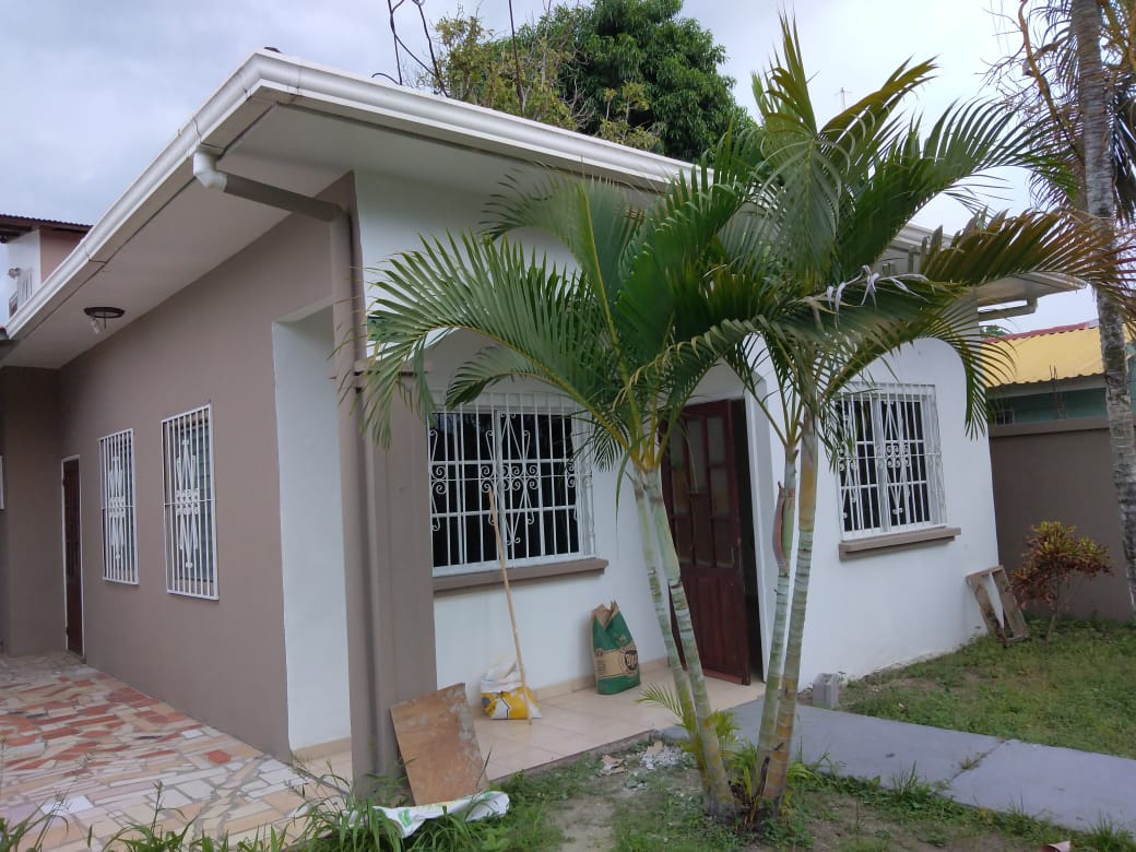 Casa en Alquiler Res La Florida
