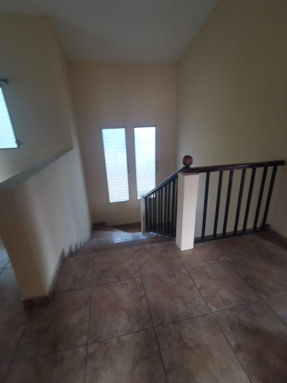 Casa en venta ubicada en Col. Los Alamos/ San Pedro Sula