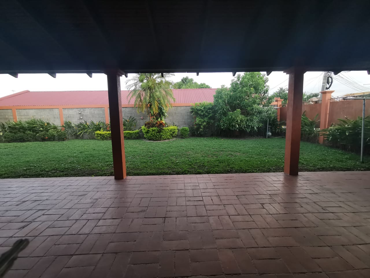 Casa en venta en Residencial Santa Monica/ San Pedro Sula