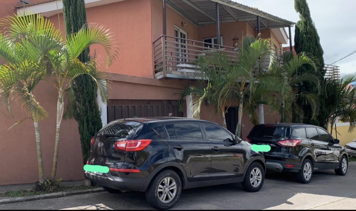 Vendo Casa de Esquina en Residencial Zarahemla
