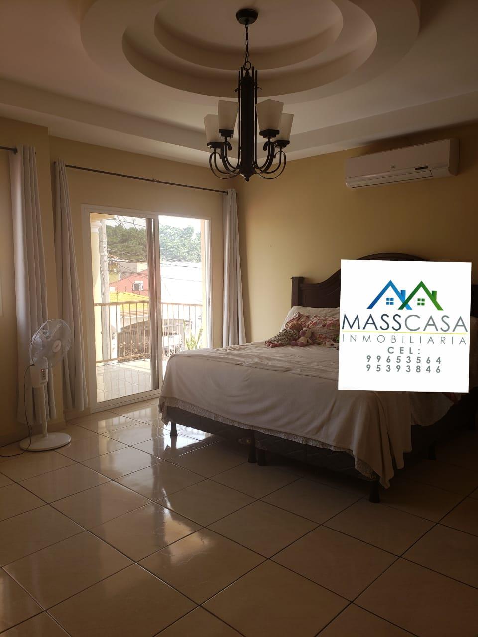 Se alquila amplia casa en Res. Casa Maya II
