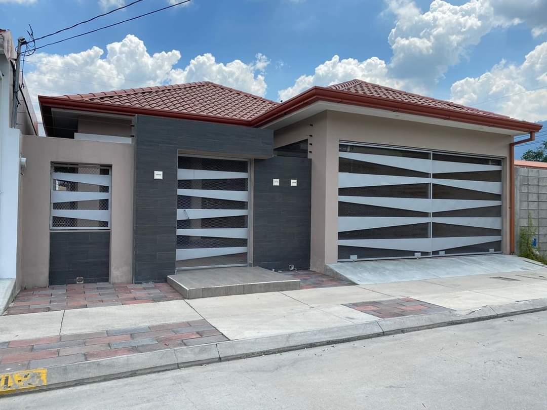 En venta preciosa Casa ubicada en Casa Maya IV etapa.