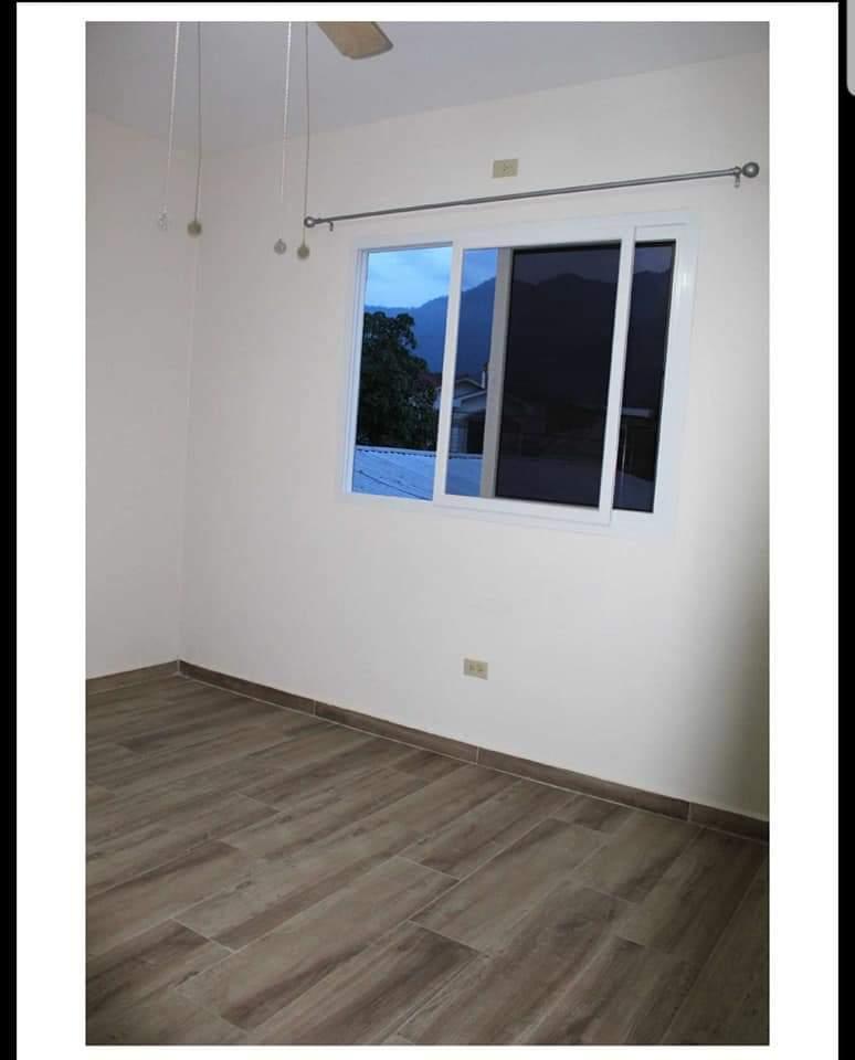 Se Alquila Apartamento en Villas del Sol
