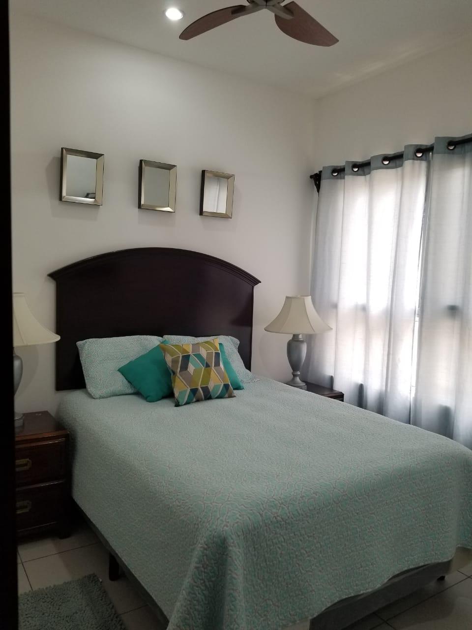 Se Rentan Apartamentos Amueblados,Res.Capri