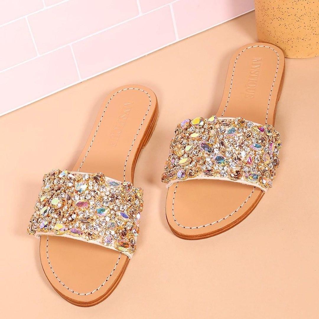 Hermosas sandalias a la venta
