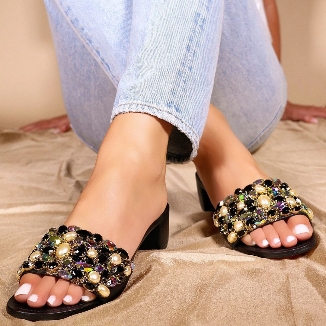 ¡En verano los pies también quieren vestir lo mejor!