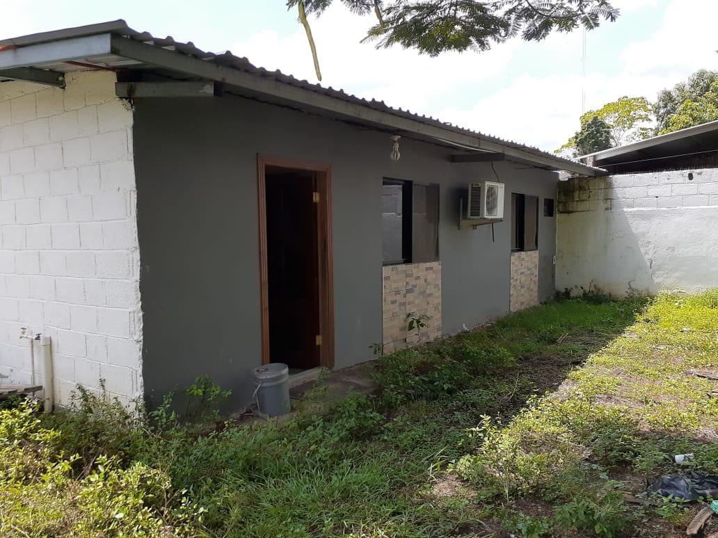 Vendo Terreno con Apartamento El Carmen Inva, Sector el Limonar (circuito cerrado)